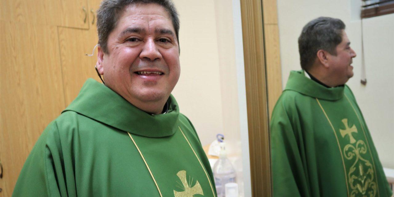 La milagrosa historia de Monseñor Vielma, despertó del coma y ahora celebra misas en Toronto