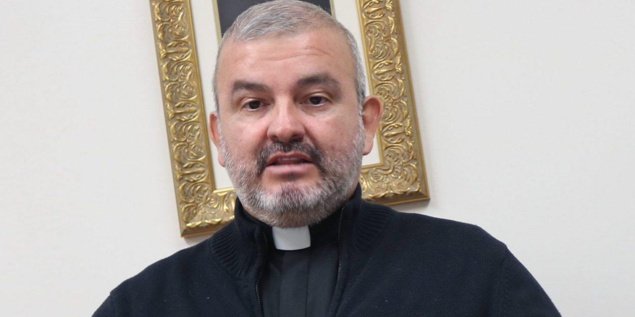 Desde Ottawa, Padre Ricardo Quiñones comparte los proyectos de la parroquia La Sagrada Familia