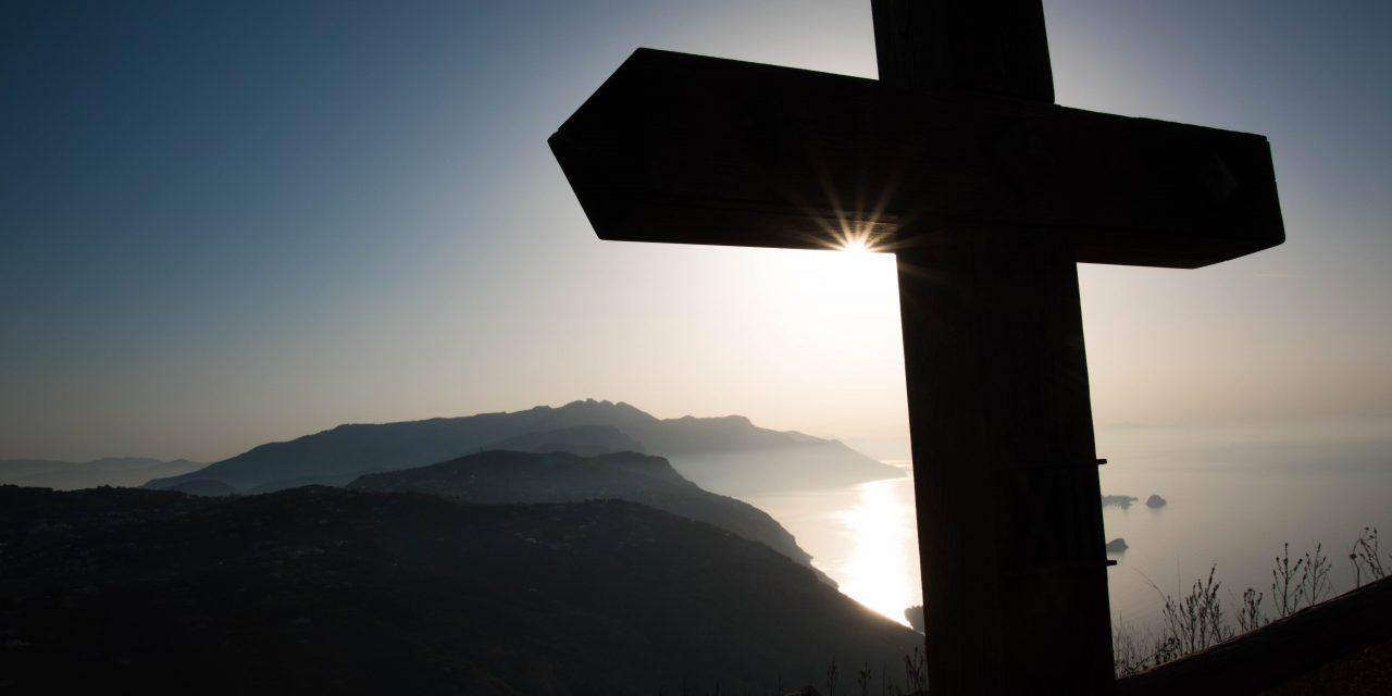 Padre Edgar Romero: «En nombre de Cristo os pedimos que os reconciliéis con Dios» (2 Co 5,20)