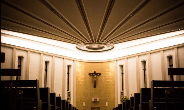 ¿Por qué los católicos dejan la fe? Lea aquí la valiente opinión de un sacerdote que revela la razón