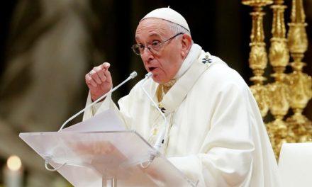 """""""Jesús nos enseña que con el diablo no se dialoga"""", expresó el Papa Francisco en el rezo del Ángelus"""