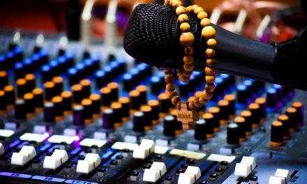 Ante la pandemia de coronavirus, Iglesia anima a vivir la misa a través de la radio, la televisión o internet