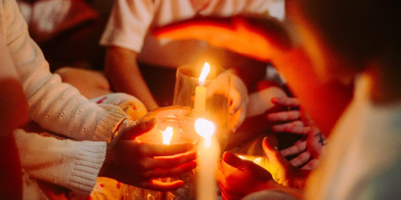 Comunidad 'Santiago Apóstol' invita a vivir un Martes de Asamblea Virtual de Oración este 21 de abril
