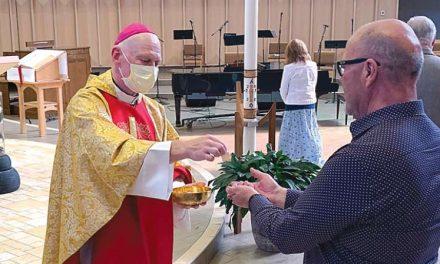 COVID-19: Iglesias católicas canadienses dan los primeros pasos para reabrir y celebrar misas públicas