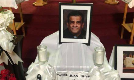 Mary Cruz, presidenta del CCRC Toronto, escribe emotiva carta a la memoria del Padre Juan Triviño