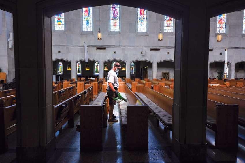 Misas públicas pueden comenzar el 12 de junio, pero las diócesis de Ontario toman una ruta más prudente