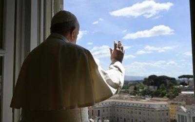 Mensaje del Papa Francisco: «No podemos ser buenos cristianos si no permanecemos en Jesús»