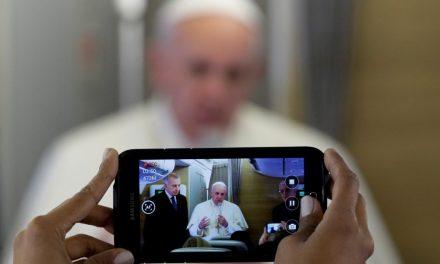 El Papa Francisco aboga por un periodismo 'libre y comprometivo' al servicio de todas las personas