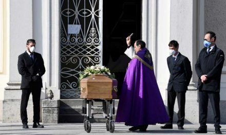 Carta del Editor: «Las víctimas del Covid-19 no sólo deben ser números, debemos honrar sus memorias»