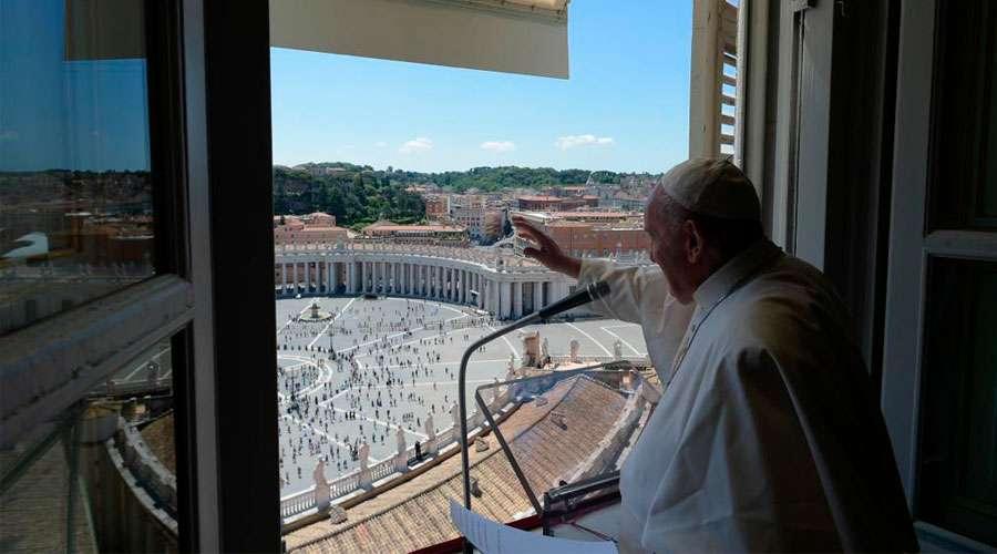 Ángelus. El Papa Francisco sostiene que la gratitud es una insignia del cristiano en Plaza de San Pedro