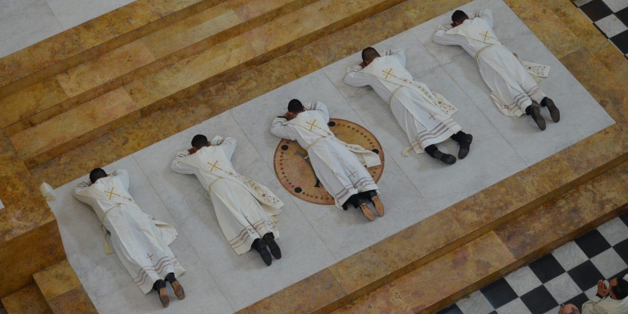 Conoce aquí a los nuevos sacerdotes ordenados en la Arquidiócesis de Toronto