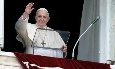 Ángelus del Papa Francisco: no podemos pretender el perdón de Dios, si no perdonamos a nuestro prójimo
