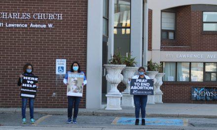 A dos semanas, la campaña '40 Días por la Vida' en Toronto sigue firme en su lucha por el fin del aborto