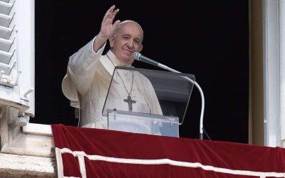El Papa Francisco en el Ángelus: «haciendo el bien esperamos serenamente la llegada del Señor»