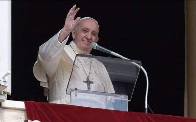 Papa Francisco en el Ángelus: 'dejémonos provocar y convertir por Jesús y su palabra de vida eterna'