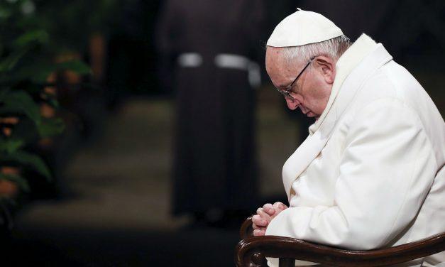 Ángelus del Papa Francisco: «Dios desea comunicarse con nosotros, contémosle todo»