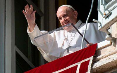 Reflexión del Papa Francisco en el Ángelus: «La felicidad no es fácil de alcanzar, hace falta trabajar»