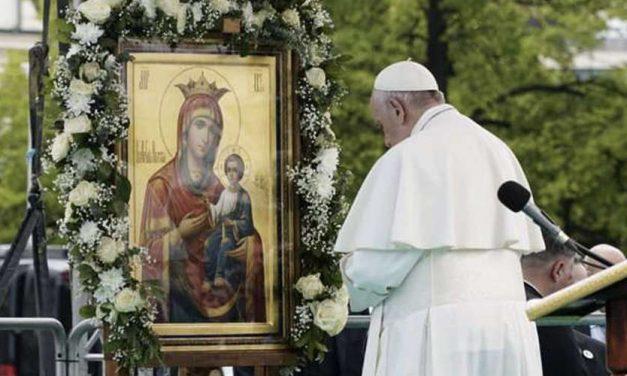 Ángelus del Papa Francisco: «Hay una sordera interior que es peor que la física, la sordera del corazón»