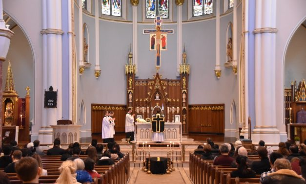 Reabren las iglesias sin restricciones para los files en Vancouver