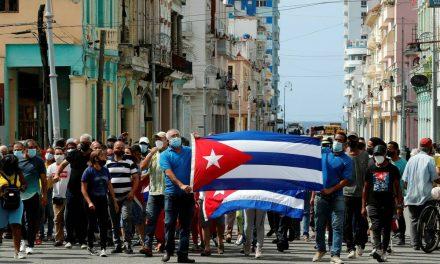 """Papa Francisco en el Ángelus pide """"paz, diálogo y solidaridad"""" para Cuba"""
